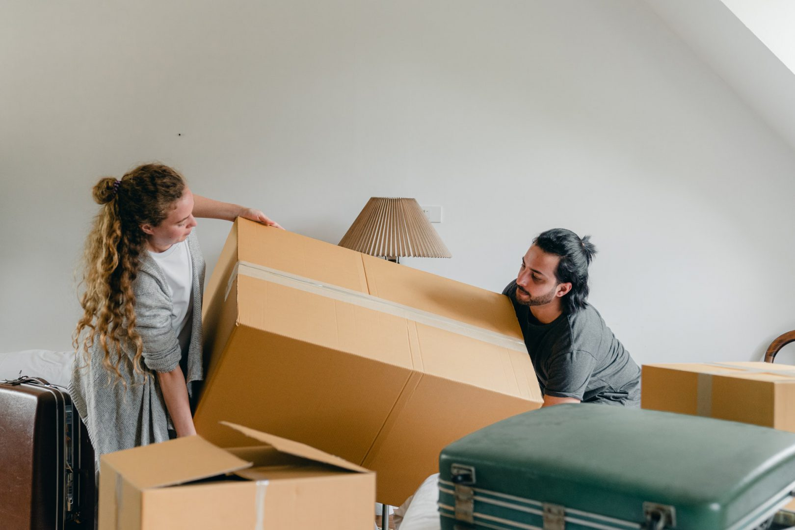Tips For Packing Fragile And Oversized Items